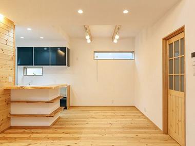 快適な家に隠された秘密……無垢の木材や自然素材をふんだんに使った家はどうして快適なの?